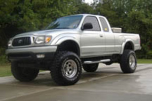 Raleigh 2001 Lifted Toyota Tacoma With 33x12 50 Dunlop
