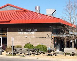 North-carolina-seafood-restaurant-at-the-farmer-s-market